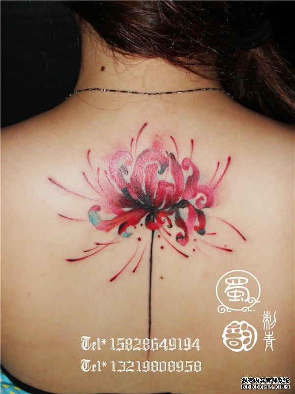 彼岸花纹身后颈纹身蜀韵刺青,攀枝花蜀韵纹身图片
