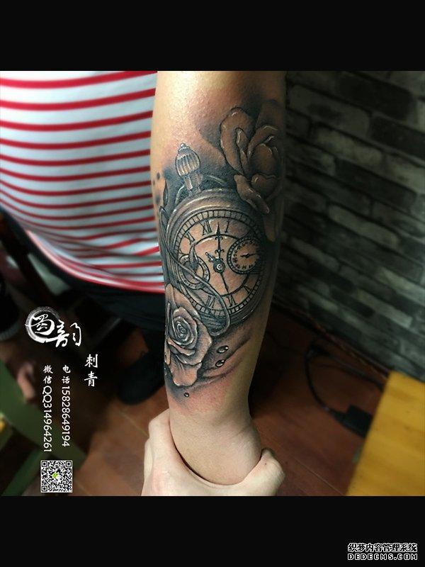 美女纹身图案,蝴蝶纹身,般若纹身,翅膀纹身,手臂纹身,貔貅纹身,明星